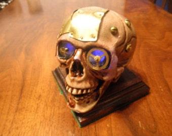 Steampunk light up Skull Blue Flicker
