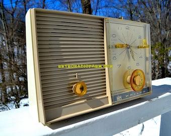 SANDALWOOD Beige and White 1959 Philco Model K782-124 AM Tube Clock Radio Totally Restored!