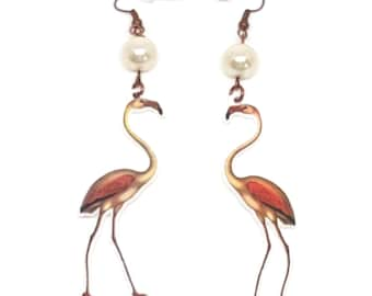 Long Kistch Flamingo earrings, Birdearrings, Flamingo earrings, Tropical acrylic earrings, White pearl earrings, Cute Pink Flamingo
