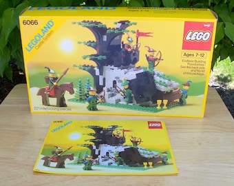 Lego® Camouflaged Outpost Castle System 6066 - Box and Instructions Included
