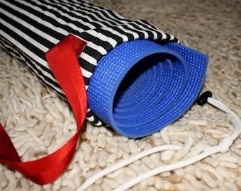 Yoga Mat Bag – Black and White Stripes
