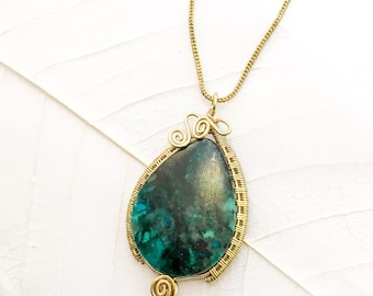 Chrysocolla Wirewrapped Pendant, Bronze Pendant, Healing Jewelry, Blue Stone Pendant, Handmade Wirewrapped Necklace, Chrysocolla Stone.