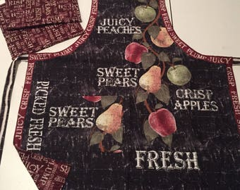 Apron, reversible, with matching potholders