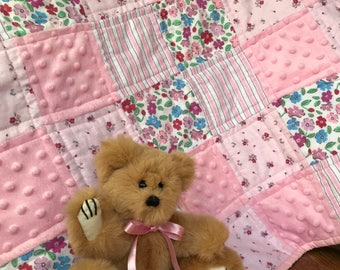 Patchwork stroller quilt for baby girl