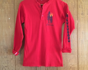 Vintage 70s red Colorado sunset long sleeve shirt by Healthknit XS