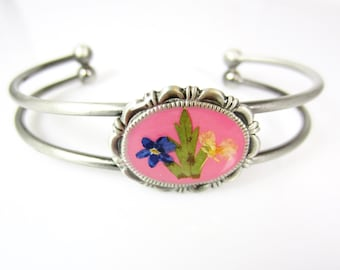 Bracelet, Adjustable,Forget me not on Pink, Real Flowers, Silver Plated Brass, Resin (1355)