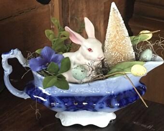 Blue Flow Easter Vingette
