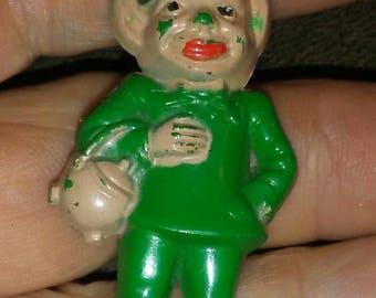 Vintage St Patrick's Irish Leprechaun Pin