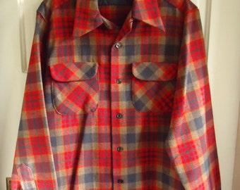 Vintage 70s PENDLETON Wool Plaid Shirt sz M