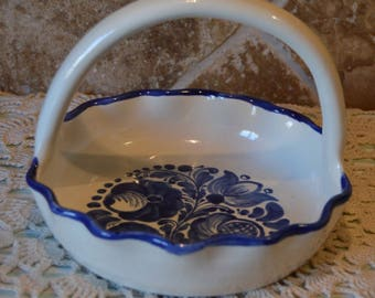 Handmade Terra Cotta Blue and Off White Basket~Glaze Rough~Not For Food~EUC~Cute!