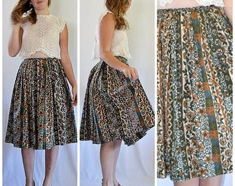 Vintage 1960s Dark Green and Rust Polynesian Hawaiian Print Full Pleated Skirt 28 Inch Waist
