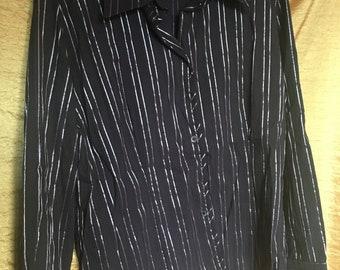 Black and grey women shirt 90s