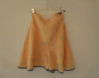 1930s Lingerie - French Knickers, Floral Silk Tap Pants, Scanties - Vintage Lingerie - Waist 63 cm