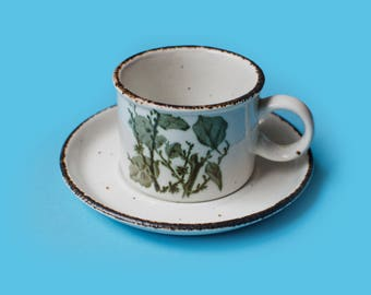 Midwinter Stonehenge 'Green Leaves' Tea Cup and saucer