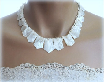 Vintage Carved Mother of Pearl Necklace .  Seashell  Shell Jewelry . Beach Wedding Necklace . Art Deco Style