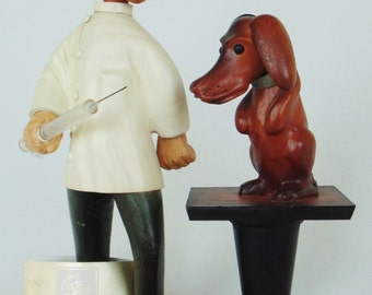 ROMER Hand Carved Veterinarian Dachshund With Giant Needle Caricature For Princely PRISTINE CONDITION