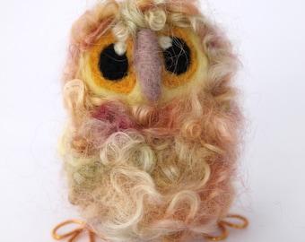 Owl Baby, Lemon Sorbet, Needle Felted Owl, OOAK Owl Baby in Hand Dyed Wensleydale Wool