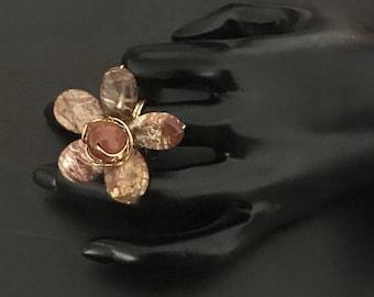 Handmade flower stone ring