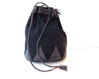 vintage blue suede leather bucket bag. leather rucksack. pouch purse.