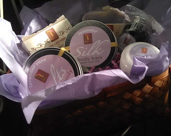 Large Lavender gift set with Organic Bath and Body Butter, Soaps, Oil, silk lotion bar and Bath salts