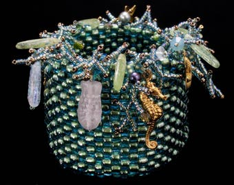 BEADED AQUATIC  BASKET