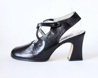 Vintage 1980s Black Leather Cross Strap Chunky Heels, size 8.5