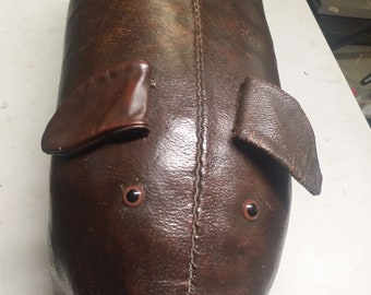 1960's Abercrombie & Fitch vintage leather pig foot stool, Dimitri Omersa