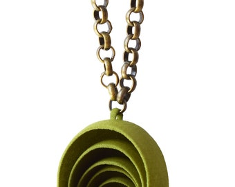"""Pendant """"Echoes"""" green olive, face, 3d mounted on brass chain"""