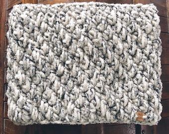 CLEARANCE Grey Fleck Felicity Fleece Cowl