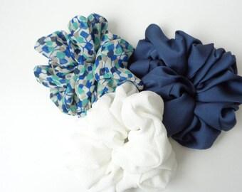A set of 3 scrunchies, white , Navy blue and blue scrunchies scrunchie Chouchou, hair accessories, handmade by ScrunchiesCo