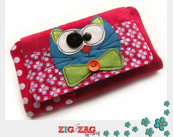 """Checkbook + 2 cards with a magnetic flap """"Chakachek"""" red (farm 20 x 11 cm / 20 x 32 cm open)"""
