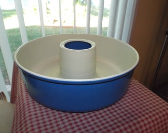 Vintage Blue Bundt Pan French Country Farmhouse Kitchen Housewares Home Decor