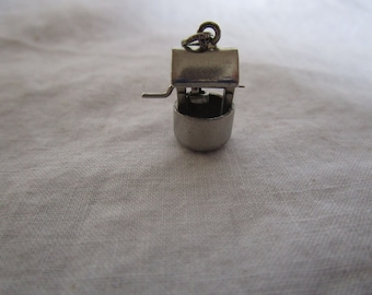 Vintage Sterling Silver P & B Mechanical Wishing Well Charm