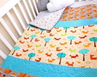 Woodland fox baby quilt, woodland crib bedding, woodland nursery, woodland crib quilt, forest animals bedding, Baby boy or girl gift .