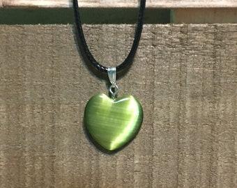 Catseye Heart Pendant Necklace / Blue Heart / Heart Pendant / Catseye Heart / Green Heart