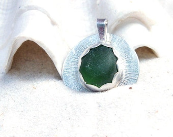 Sea Glass Pendant, Sterling Seaglass Jewelry, Lake Jewelry, Sea Glass Necklace, Green Beach Necklace, Seaglass, Glass Necklace
