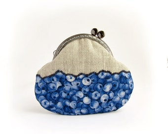 Blue Blueberries Linen Coin Purse, Berries Kawaii with kisslock, Made to order