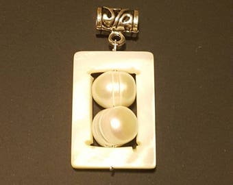 Tribal, Island, Boho, Freshwater Pearl and Mother of Pearl Pendant