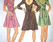 Vintage 1970s Simplicity Feature Collar Button Up Dress Sewing Pattern B 32 Free UK Shipping