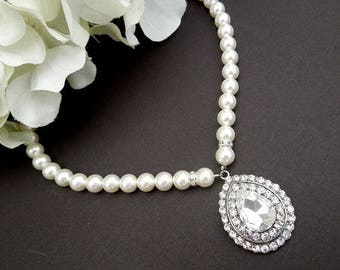 Bridal pearl and crystal necklace, Statement Bridal necklace, Wedding Rhinestone necklace, swarovski crystal and pearl necklace, FERNANDA