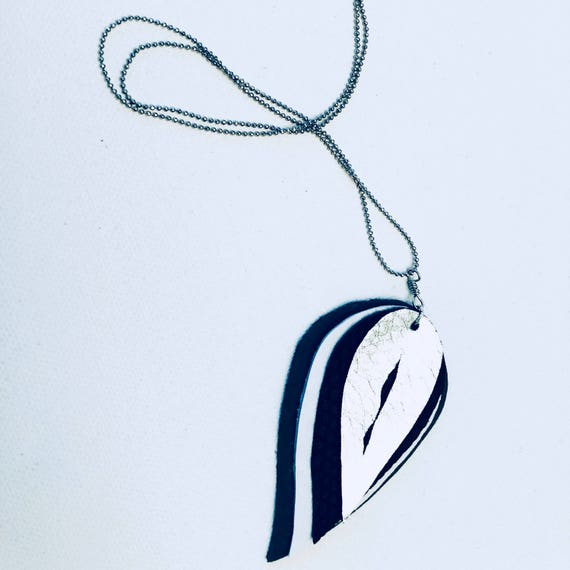 Multi Leather Leaf Cutout Necklace