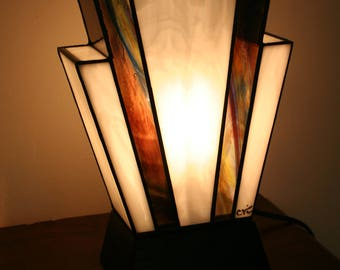 """Tiffany lamp, Art Deco stained glass Tiffany lamp, table """"Nude Amethyst"""" lamp"""