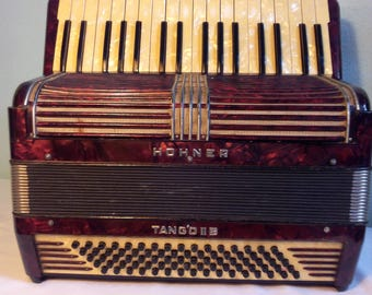 Accordion Music Instrument HOHNER Tango II B Vintage French Piano / accordion