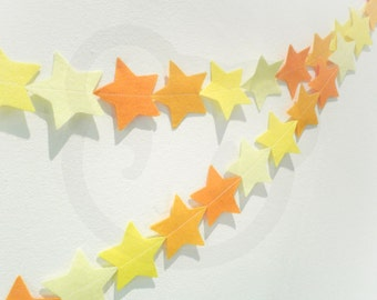Yellow Star Garland - made with wool blend felt in different shades of yellow and orange, perfect for baby room, kids rooms or parties