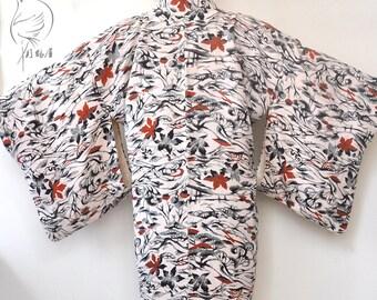 Silk womens japanese haori kimono jacket/kimono top/white short kimono robe/kimono cardigan/silk jacket/boho top robe/free size cloth