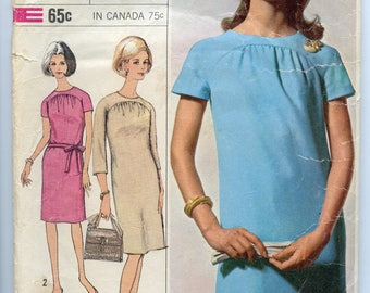 6485 Simplicity Size 14 Bust 34 Straight Shift Dress 1966 Vintage Pattern