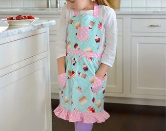Dessert Apron, Retro Style Apron, Children's Apron, Toddler Apron, Girls Apron, Baking Apron, Cooking Apron, Kids Apron, Little Girls Apron