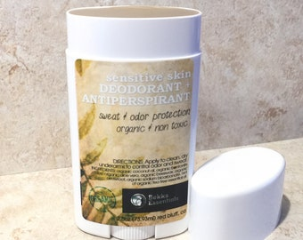 Deodorant + antiperspirant with Bentonite Clay for sensitive skin! Sheer and goes on clear with a hint of tea tree. Organic + Antibacterial