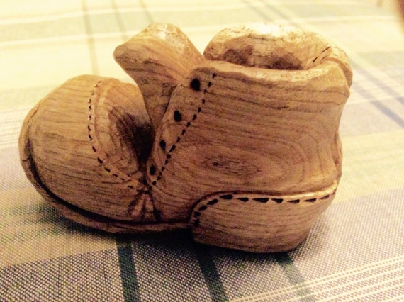Whittled shoe, hand carved shoe, butternut wood, hand carving, whittling,  shoe, wood shoe, butternut, hand made in USA, nic nac