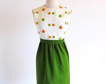 Vintage Green Dress, 60s Embroidered Empire Waist 1960 Sleeveless Sheath, Free shipping